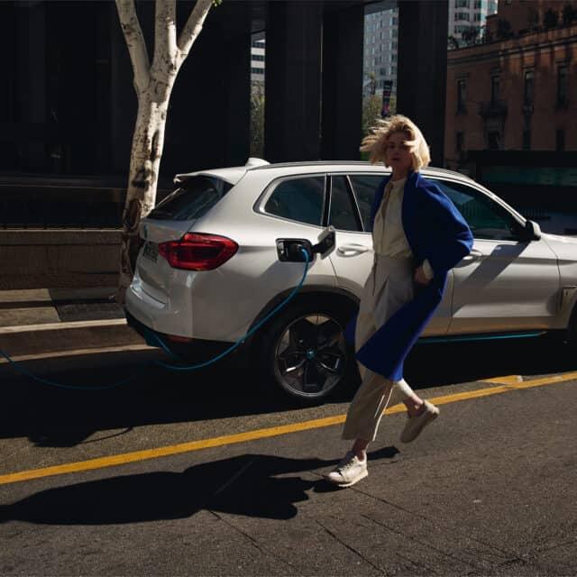 Portfolio Content BMW iX3 Übersicht